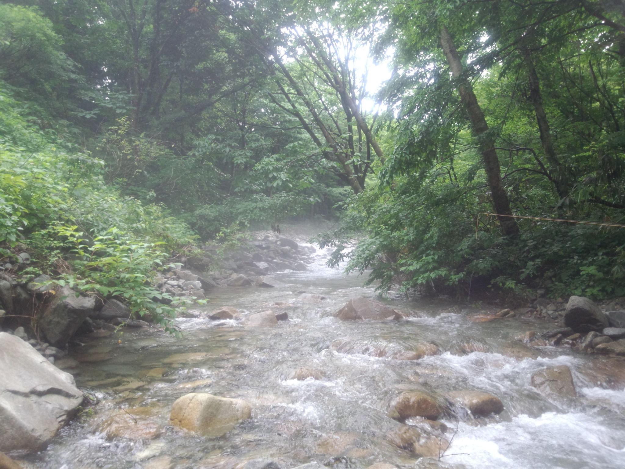 越後湯沢の渓